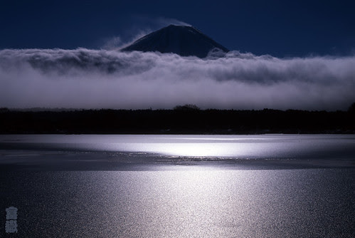 An approaching cloud(Mt.Fuji/富士山)