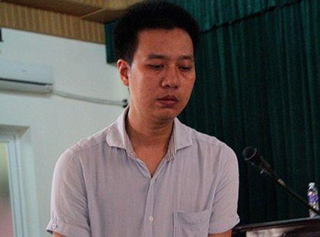Tin kho tin: Pho chu tich thu nhap 800 trieu dong mot nam va khong it nguoi lam quan chuc khong co gi ngoai tien - Anh 2