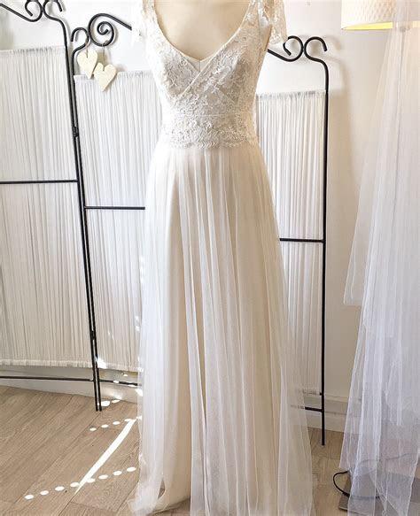 Vintage Lace Wedding Dress Designer London   Dana Bolton