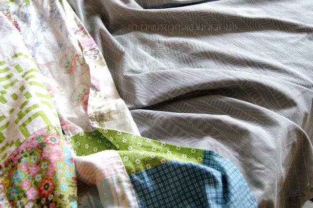 Quilt + grey bedding