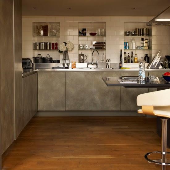 Alcove storage kitchen | Stylish London apartment house ...