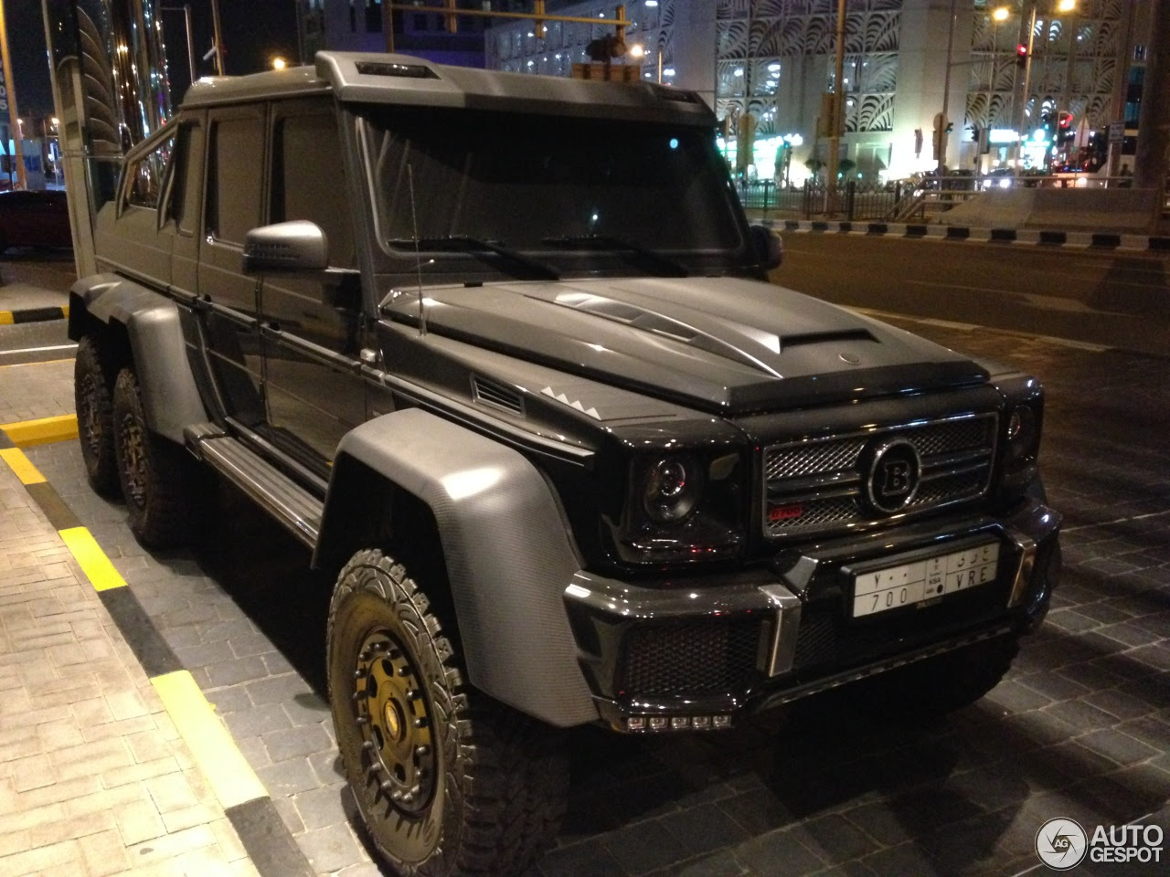 MercedesBenz Brabus B63S 700 6x6  29 December 2015  Autogespot