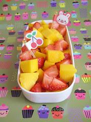 Lato dolce: macedonia di mango e fragole