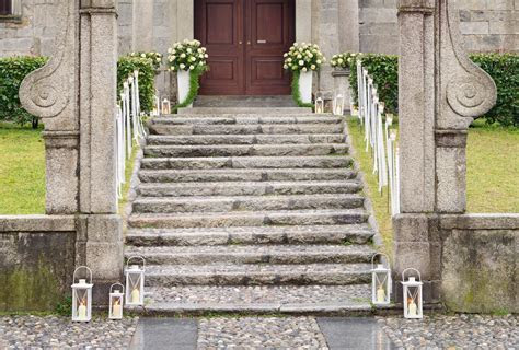 Floral arrangements for church weddings on Lake Maggiore