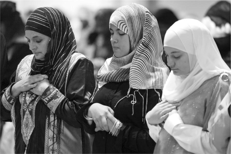 Kumpulan Hadits Shahih Tentang Wanita dan Jilbab - CENTER SOAL