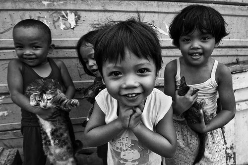Smoky Mountain, Tondo - Who said I can't take cute photos of kids?