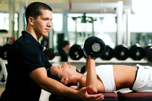 Set and Achieve Fitness Goals with A Certified Personal Trainer