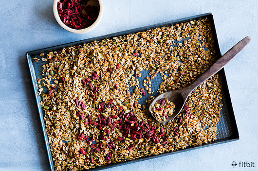 Healthy Recipe: Super Seed Granola – Fitbit Blog