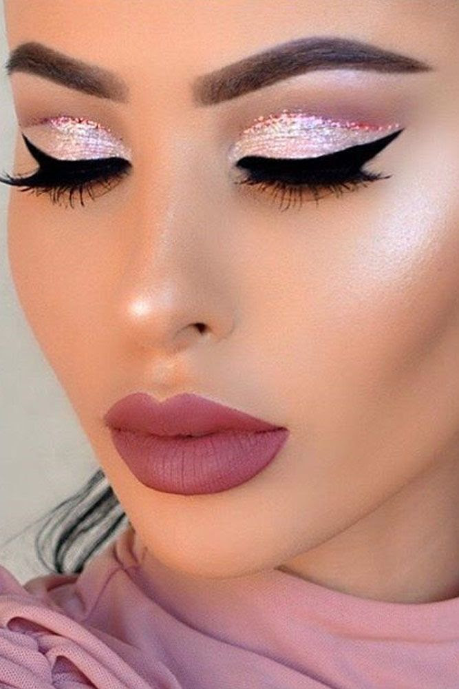 Easy Holiday Makeup Looks - 20 Christmas and New Year Ideas