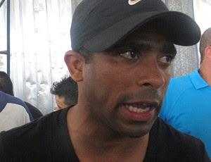 Junior Cesar organiza pelada beneficente em Magé (Foto: Janir Junior / Globoesporte.com)
