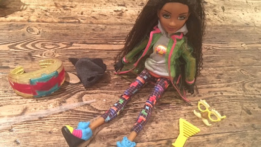 Review: Project Mc2 doll with experiment to support STEM learning through play - Mummy in the City
