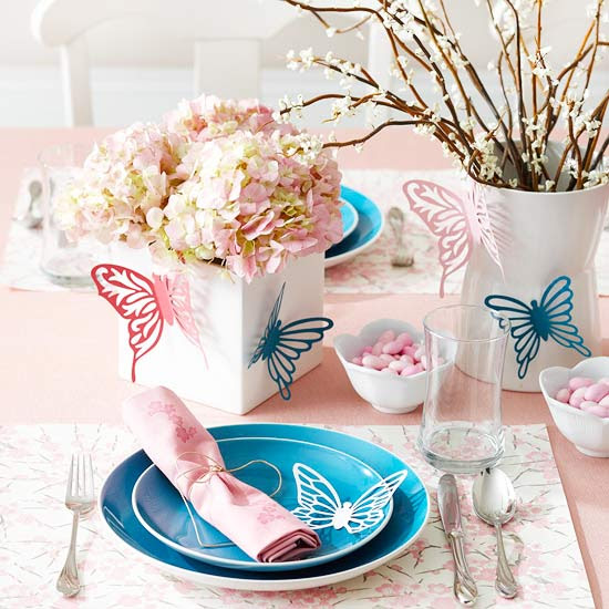 Pretty spring table setting