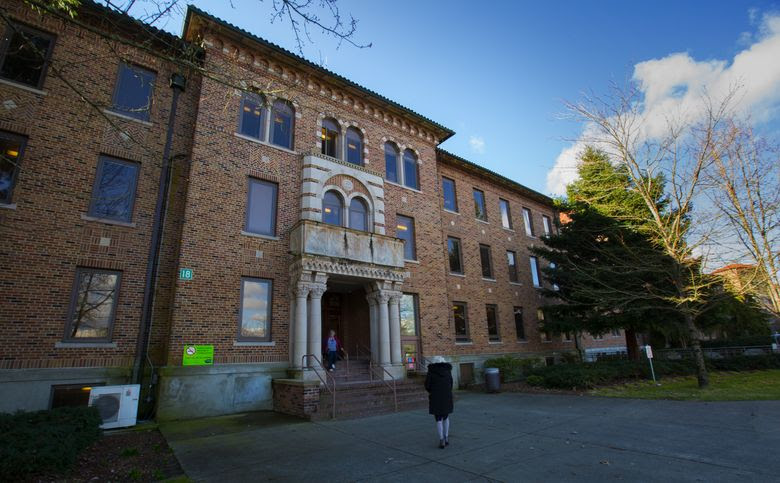 At Western State Hospital, workers in certain hard-to-fill jobs would get higher pay raises under proposed union contracts that aim to recruit and retain employees at the troubled state psychiatric hospital in Lakewood. (Ellen M. Banner/The Seattle Times)