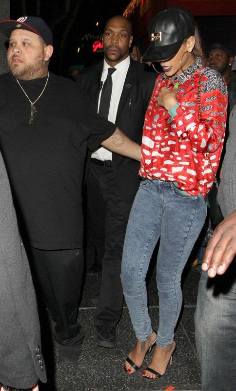 photo la-modella-mafia-Clubbing-Chic-what-to-wear-to-a-night-out-by-Rihanna-street-style-3_zpsf39aaf0c.jpg