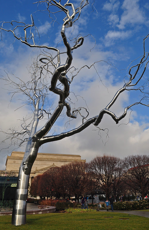 'Graft' Roxy Paine 2