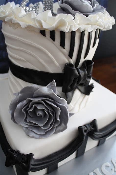 Sandy's Cakes: Happy 21st Monica Black & White French