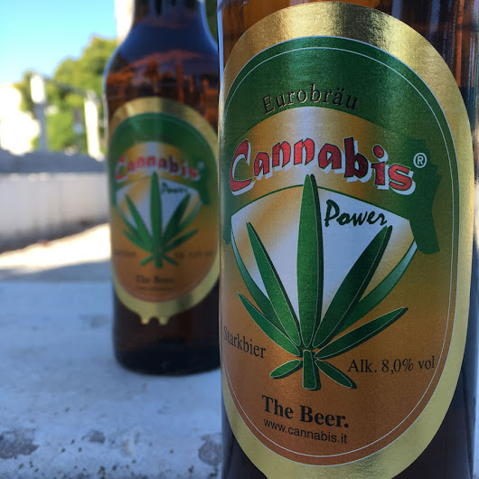 Cannabis Red Power, una Strong Lager con aroma a cáñamo.