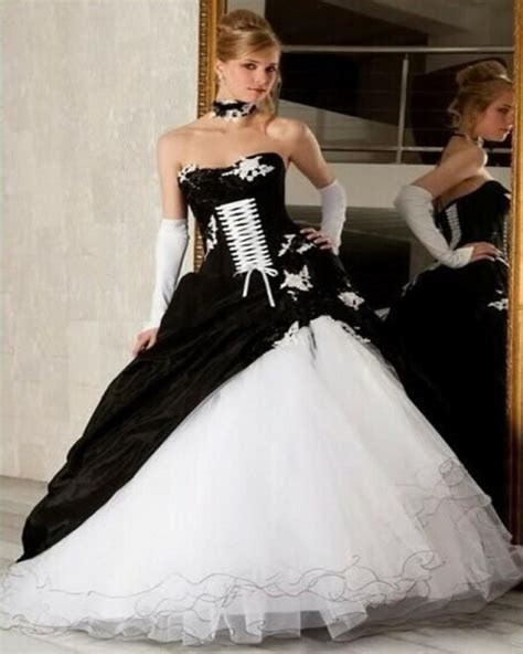 White and Black Wedding Dress 2017 Gothic Ball Gown