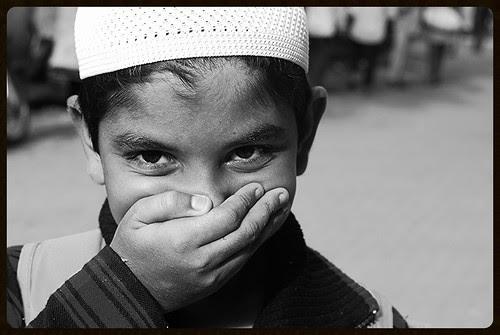 Bandra Bazar Road Stinks by firoze shakir photographerno1
