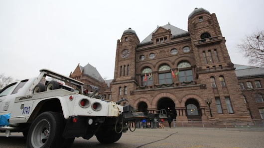 New regulations will put tow truck drivers 'out of business,' say protesters at Queen's Park