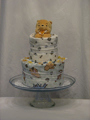 Winne the Pooh Two Tier Diaper Cake (front)