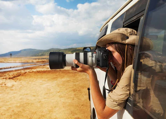 How to Choose the Best Camera for Safari [Buyers Guide] | Uganda365