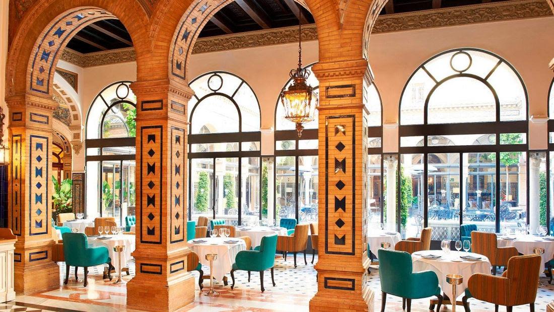 Comience el día desayunando como rey en el restaurante San Fernando. Un agradable espacio donde podrá degustar nuestro variado y apetitoso buffet.