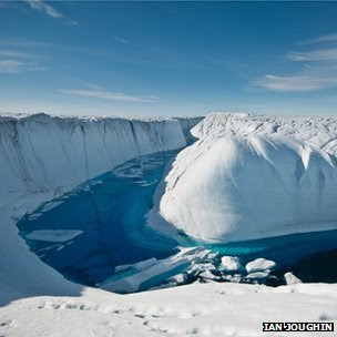 Ice sheet melt channel