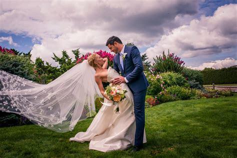 Wedding Poses   Fine Art Wedding Photographer
