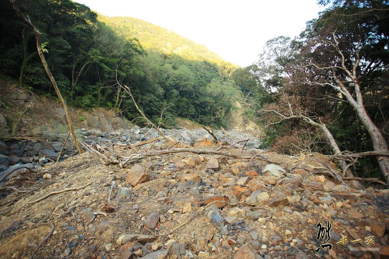 三峽雲森瀑布楓紅