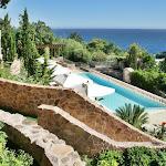 Top 10 des châteaux et piscines d'exception pour passer vos vacances