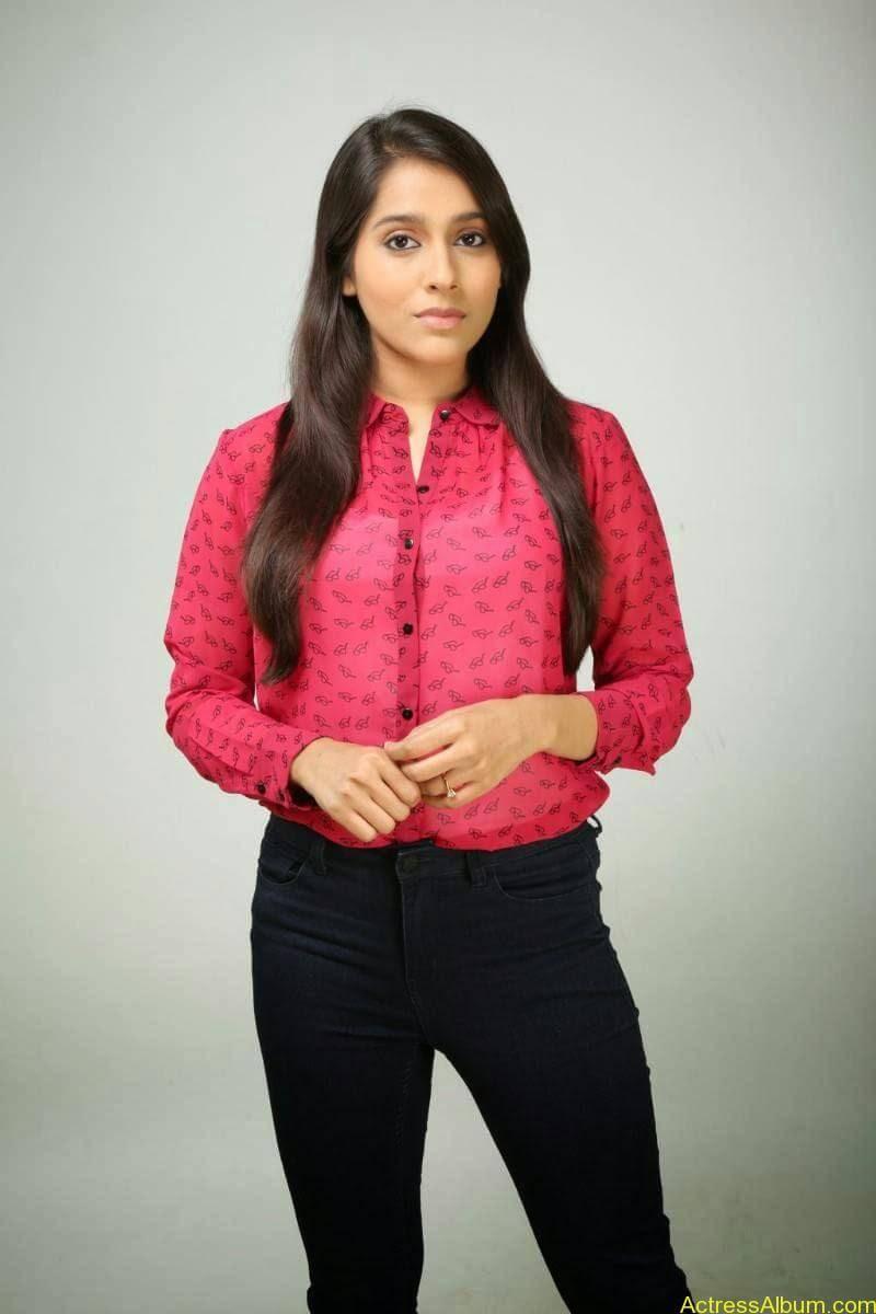 Rashmi Gautam Hot pink dress 15