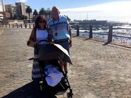 Babyzen Yoyo+ pushchair review –  Baby's very own stylish travel system is just a delight for travel and city fun.