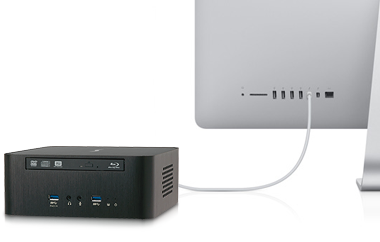 Echo 15 Thunderbolt Dock Connected to Thunderbolt Display