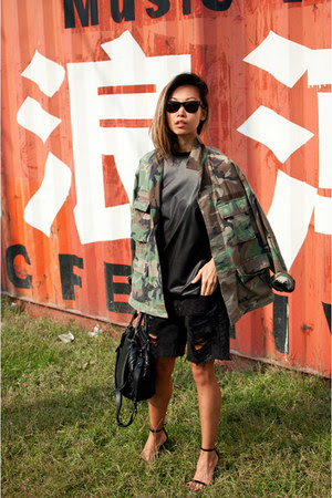 black sandals Alexander Wang shoes - olive green vintage jacket