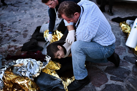 Refugee crisis: 21 people killed in two shipwrecks off Greek islands of Kalymnos and Rhodes