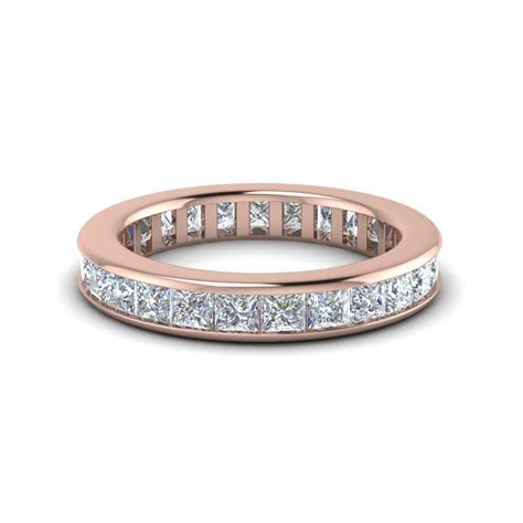 0.70 Ct. Round Diamond Graduated V Necklace In 14K White