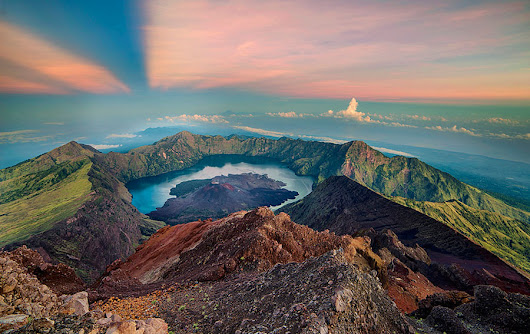 Climbing to Mount Rinjani