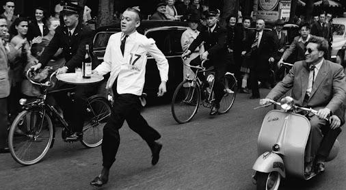 20 Sept #Amiens #StLeu #WaitersRace Course des Garçons de Café! @waitersrace Paris history @ http://...
