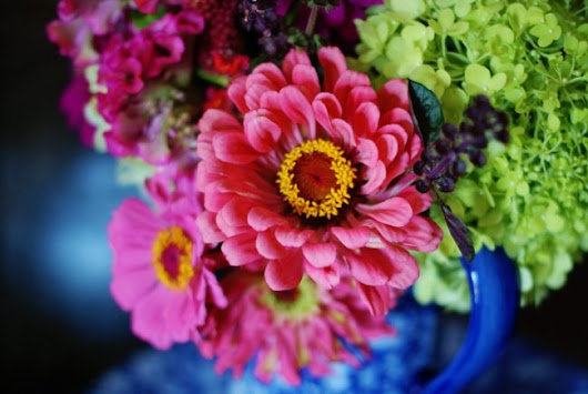 3 Simple Secrets To Arranging Flowers Like a Pro - a southern discourse