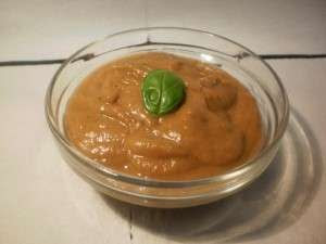 mousse de berenjena y tomate asado