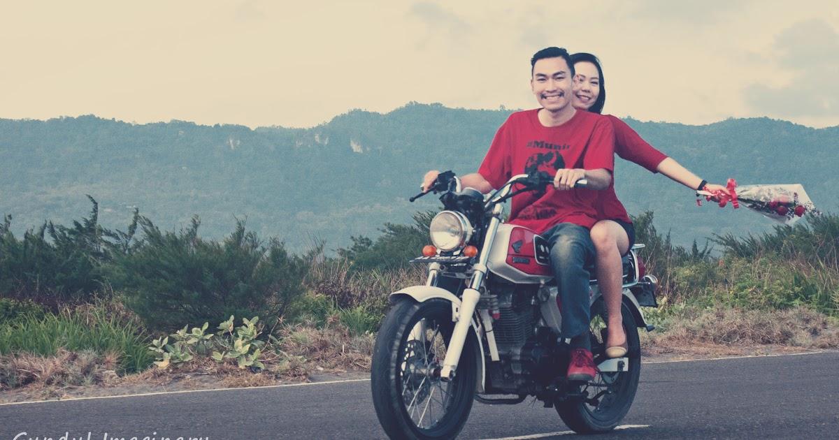 Foto Prewedding Motor Rx King Prewedmoto