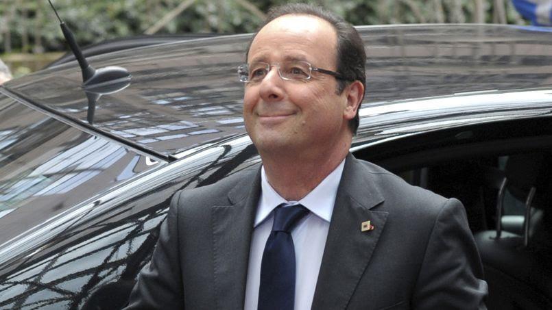 François Hollande veut fusionner la prime pour l'emploi (PPE) et le RSA activité. Crédits photo: LAURENT DUBRULE/REUTERS