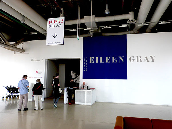 entrée Eileen Gray.jpg