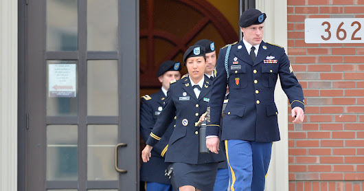 McCain Should Stop Meddling in the Bergdahl Case - The New York Times