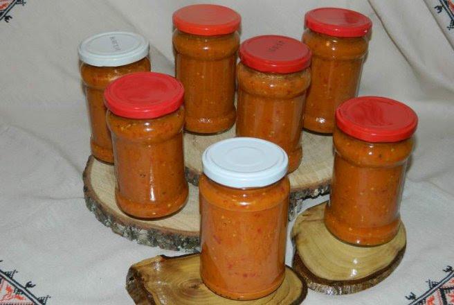 Retete Culinare - Zacusca de vinete