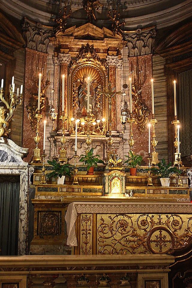 Roma, Santa Maria in Via, der Hauptaltar.JPG