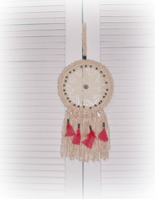 Red Feather Dream Catcher Crochet Beige Tan Black Beaded