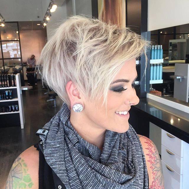 40 Heißeste Kurze Gewellte Lockige Pixie Haarschnitte 2018