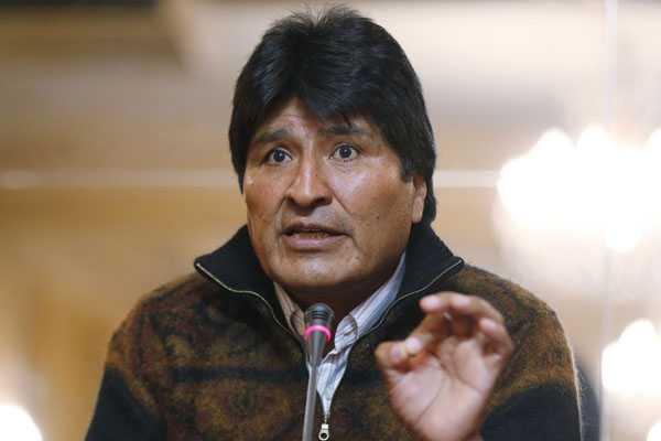 Evo Morales analiza con ex presidentes demanda marítima que interpondrá contra Chile